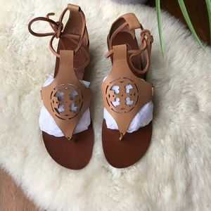 ☄️☄️Tory Burch Zoey saldaos sz9 Brand New☄️☄️